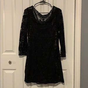 Express Lace Embroidered 3/4 Sleeve Dress - M